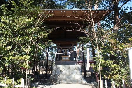 霊犬神社社殿