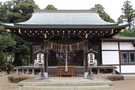 埴生神社社殿