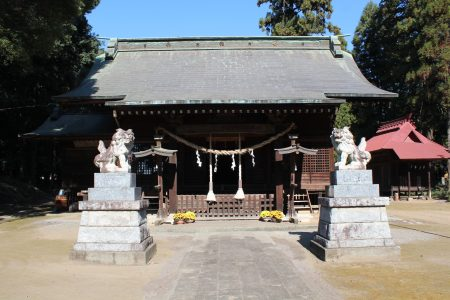 二宮赤城神社社殿