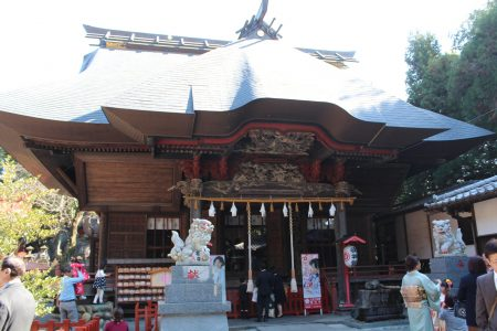 産泰神社拝殿